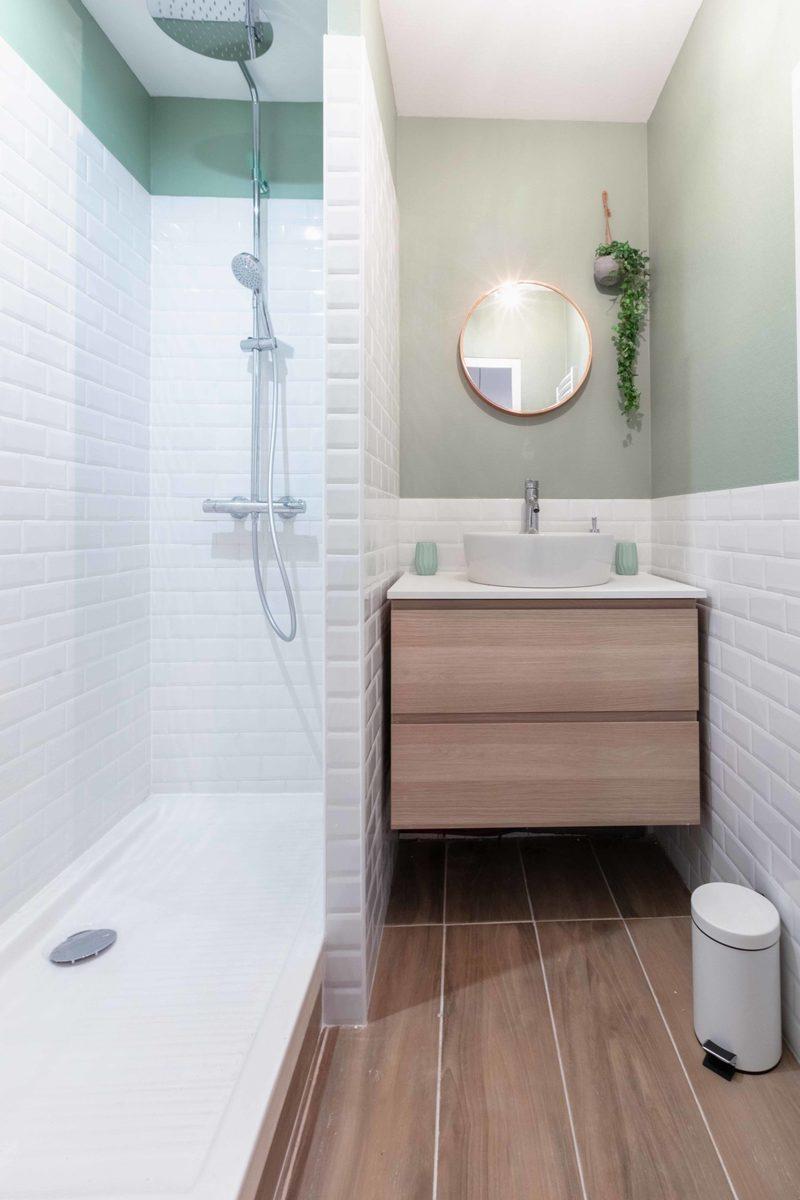 Une autre salle de bain refaite à neuf dans la troisième colocation de Paul