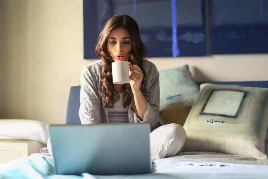 12 idées de business pour gagner de l'argent en pyjama