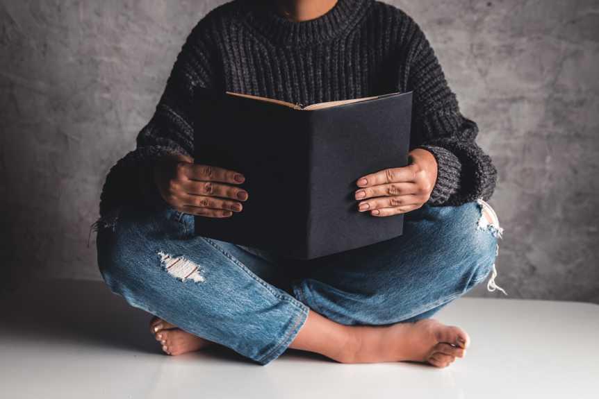Lire des livres incontournables pour démarrer sur la voie de l'indépendance financière et devenir riche